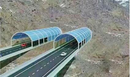24公里的东天山特长隧道是新疆最长,海拔最高,也是综合难度最大的一条